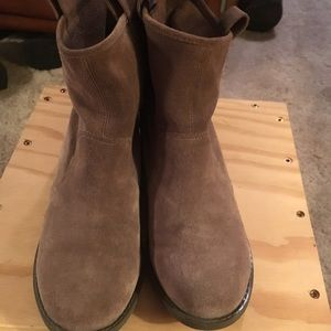 Sole Society Booties Size 6-5 Excellent Condition